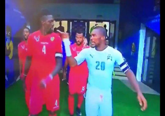 CAN 2017 : Serey Dié et Adebayor aiment s'intimider depuis