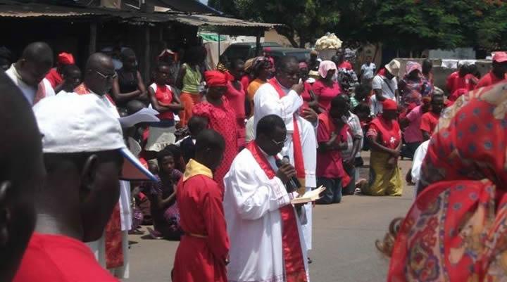 Vendredi Saint : Fin du carême chez les chrétiens Catholiques