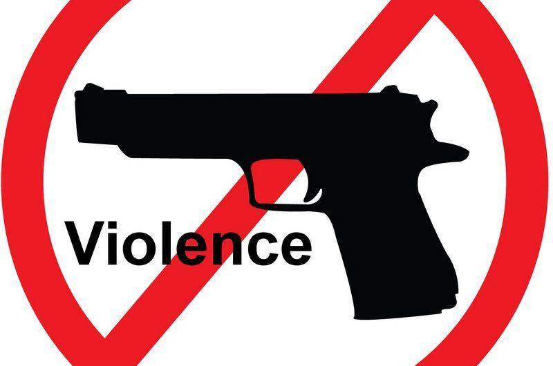 Au Togo, des élèves sont sensibilisés sur les armes et la non violence
