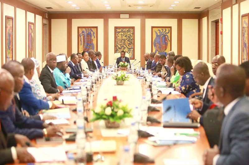 Voici l'intégralité du communiqué du 15è conseil des ministres de l'année.