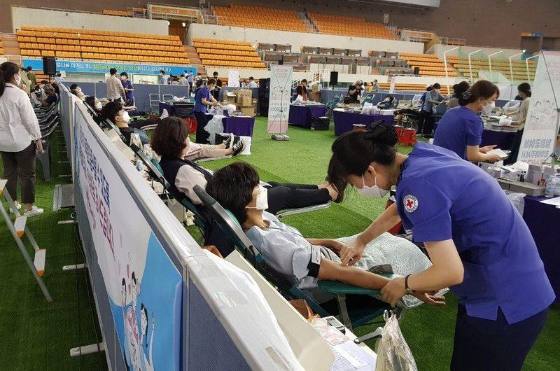 En Corée du Sud, le don de plasma par l'Église de Shincheonji facilite le développement du vaccin contre le Covid-19