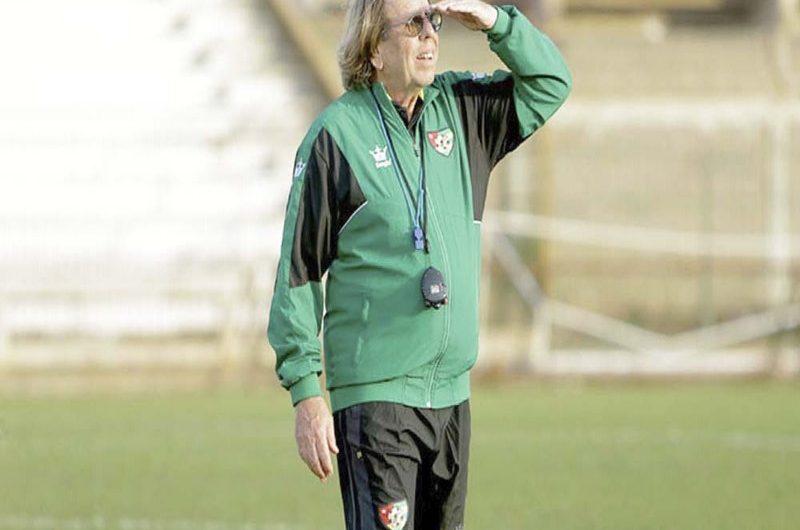 Football/Egypte-Togo: Claude Leroy donne la tactique pour battre les pharaons.