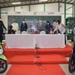 Togo: des véhicules électriques désormais fabriqués sur place.