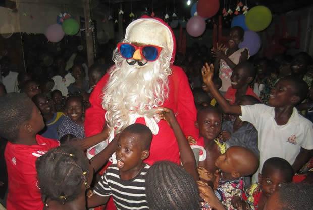 Noël 2014 au Togo: l'ONG EFD redonne le sourire à des enfants