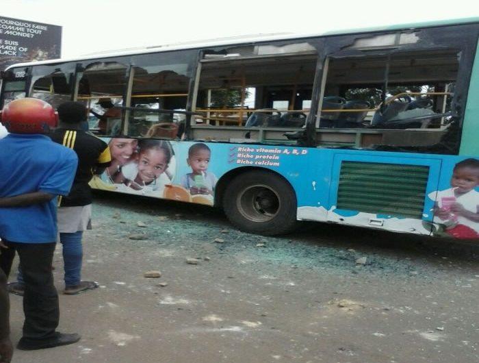 Adidogomé : Un bus SOTRAL saccagé par la population