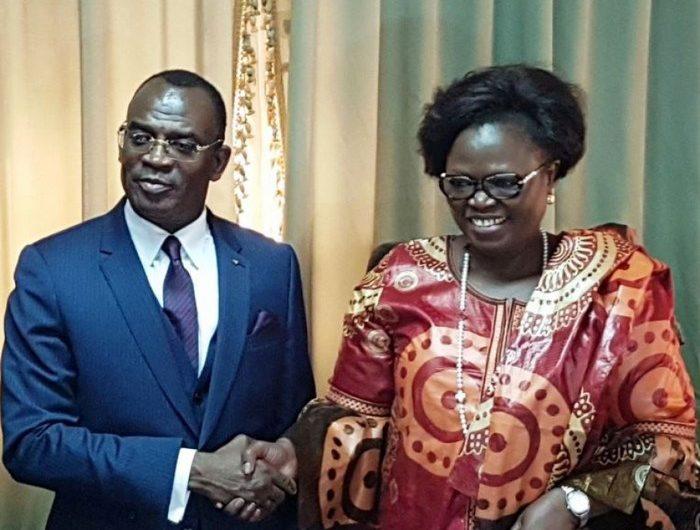 Togo : M. IHOU Gariel le nouveau ministre de l'industrie et du tourisme a pris fonction