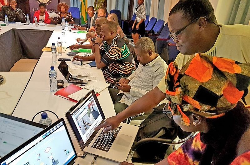 Togo : L'ambassade des USA forme sur les fake news