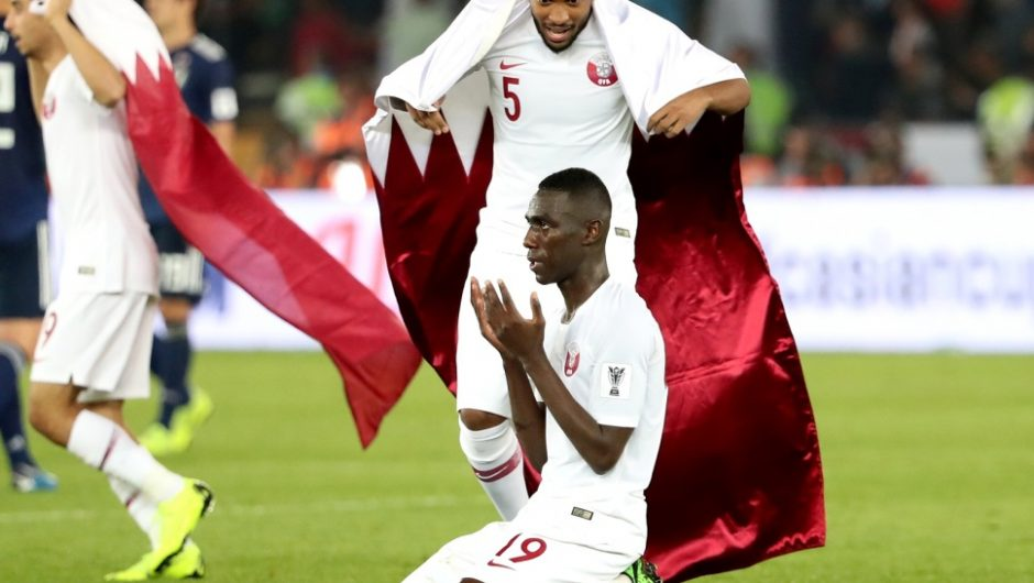 Football: le Qatar remporte la première coupe de son histoire.