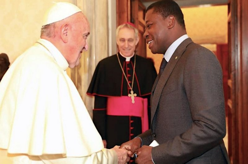 Faure Gnassingbé reçu ce lundi par le pape François au Vatican.