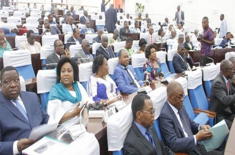 Togo: les reformes constitutionnelles adoptées par la 6è législature.