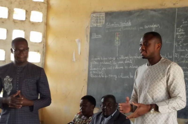 Togo/Amou : Mey Gnassingbé fait don de matériels et sonne la mobilisation préélectorale autour du candidat de l'UNIR