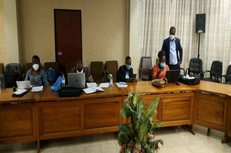 Le Comité de Pilotage du Rapport National sur le Développement Humain (RNDH) en formation Zoom