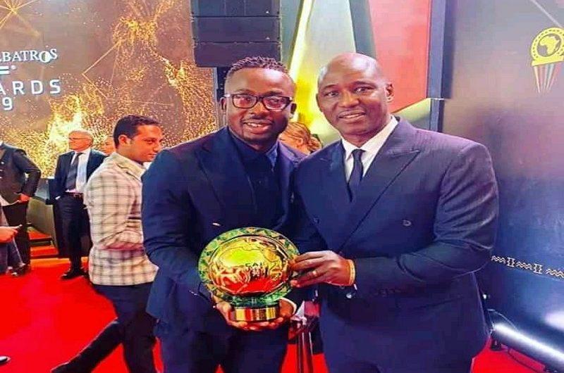Togo: Kodjovi Obilalé a reçu une aide financière de la Confédération Africaine de Football.