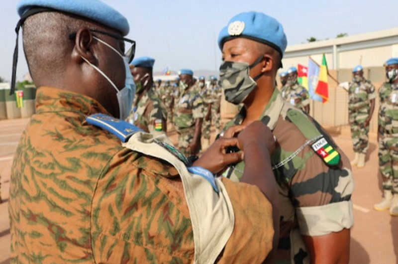 Togo: les casques bleus togolais décorés au Mali pour le service rendu.