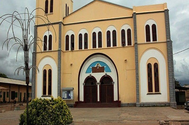 Togo: le gouvernement annonce la réouverture totale des lieux de culte à l'intérieur du pays.