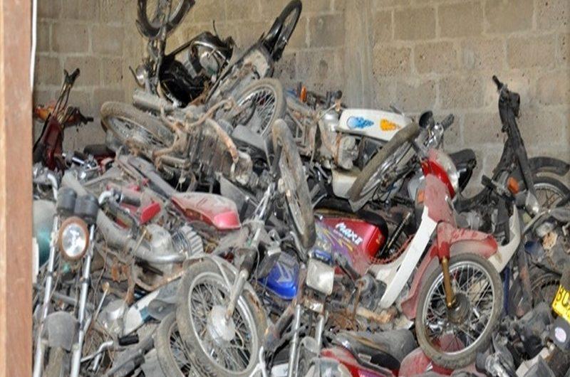 Togo: la police lance la vente aux enchères des engins abandonnés.