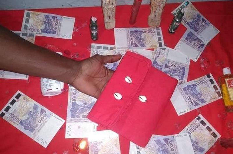 Togo: quatre(04) faux marabouts «porte-monnaie magique» arrêtés par la police.