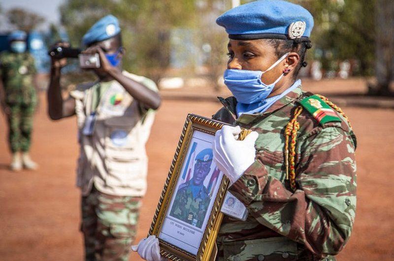 Togo: la Minusma rend hommage au militaire togolais tué dans une attaque terroriste.