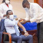 Togo/Covid-19: début de l'injection de la deuxième dose du vaccin AstraZeneca.