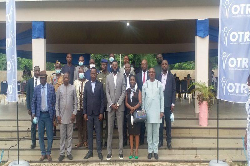 Togo: l'OTR inclus Emmanuel Adebayor dans sa stratégie de communication.